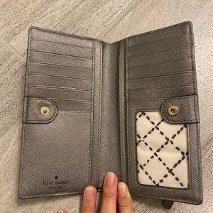 NWOT Kate Spade Wallet